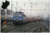 1984-07-02 110 294 arrives at FrankfurtM with IC121 KÜNSTL.jpg